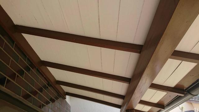 軒天板の剥がれ