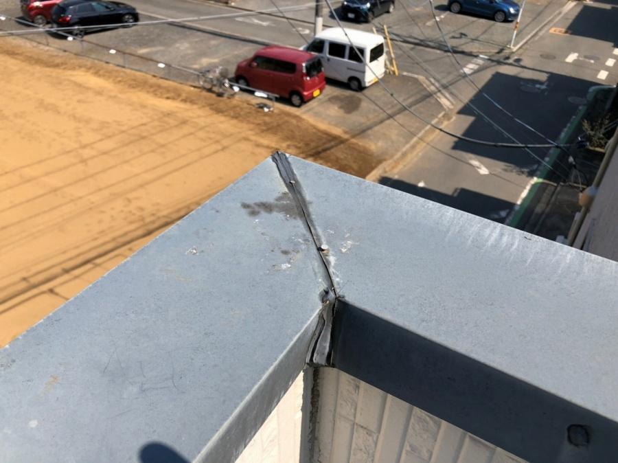 屋根板金 釘 浮き