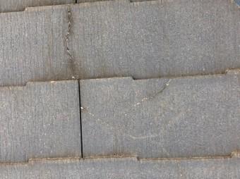 屋根 コロニアル ひび割れ