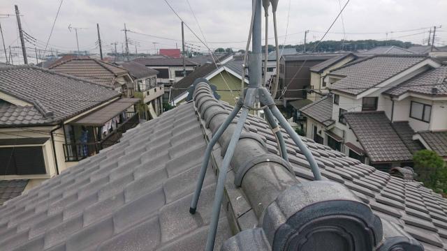 上尾市で瓦屋根の漆喰剥がれ、外壁のひび割れも見られ調査です