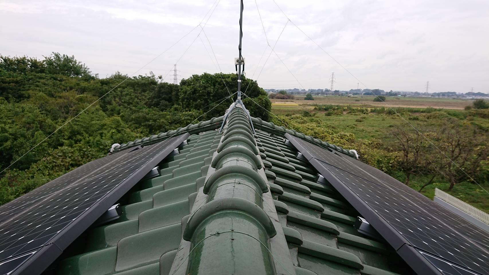 蓮田市で瓦屋根のずれ、雨樋の歪みあり、調査です