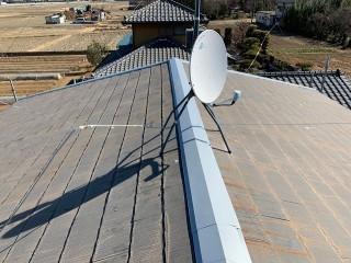 川島町で屋根棟板金の工事