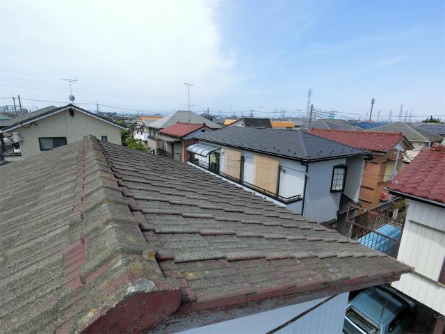 瓦屋根の変色