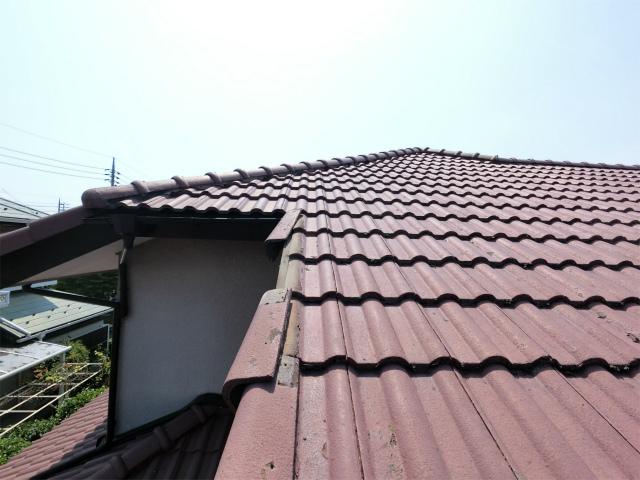 鴻巣市で屋根瓦の落下、瓦のズレもあり現地調査です