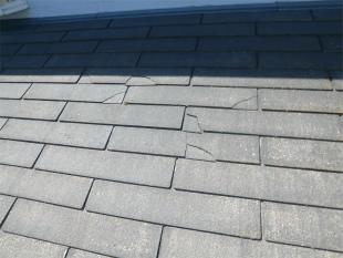 スレート屋根欠けの写真