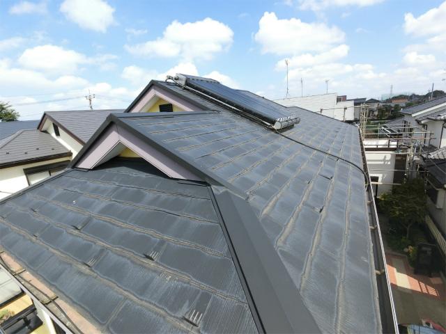 屋根塗装剥がれ