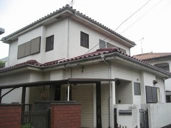 上尾市で屋根と雨樋と外壁工事のご依頼を受け現場調査