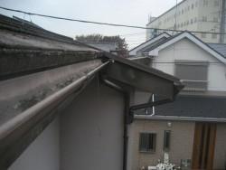 川越市で雨樋の施工前