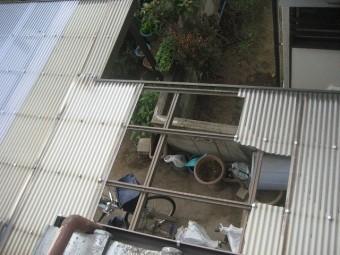 川越市でトタン屋根の現場調査