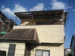 川越市でトタン屋根の施工前