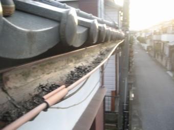 越谷市で雨樋の現場調査