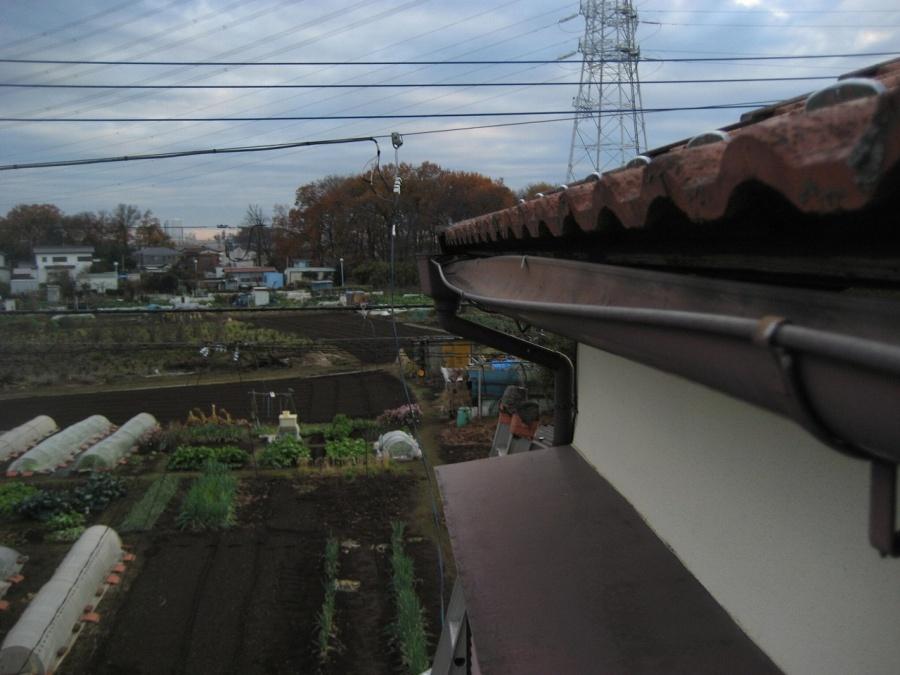 上尾市の反対側の雨樋写真