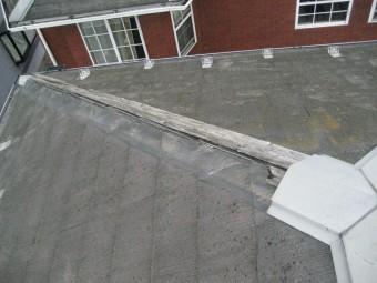 上尾市で屋根棟の施工前