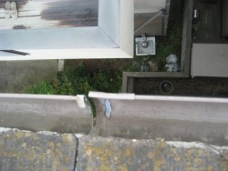 上尾市で施工前の雨樋