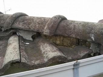 西区 瓦屋根 漆喰剥がれ