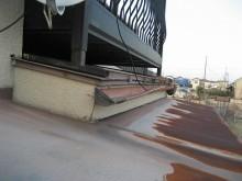 瓦棒屋根と横樋