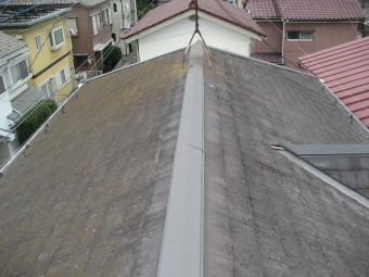 伊奈町アパートの屋根