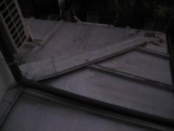 上尾市で施工前の屋根