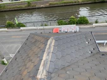 棟板金を取った屋根