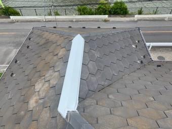 棟板金を張り完成した屋根
